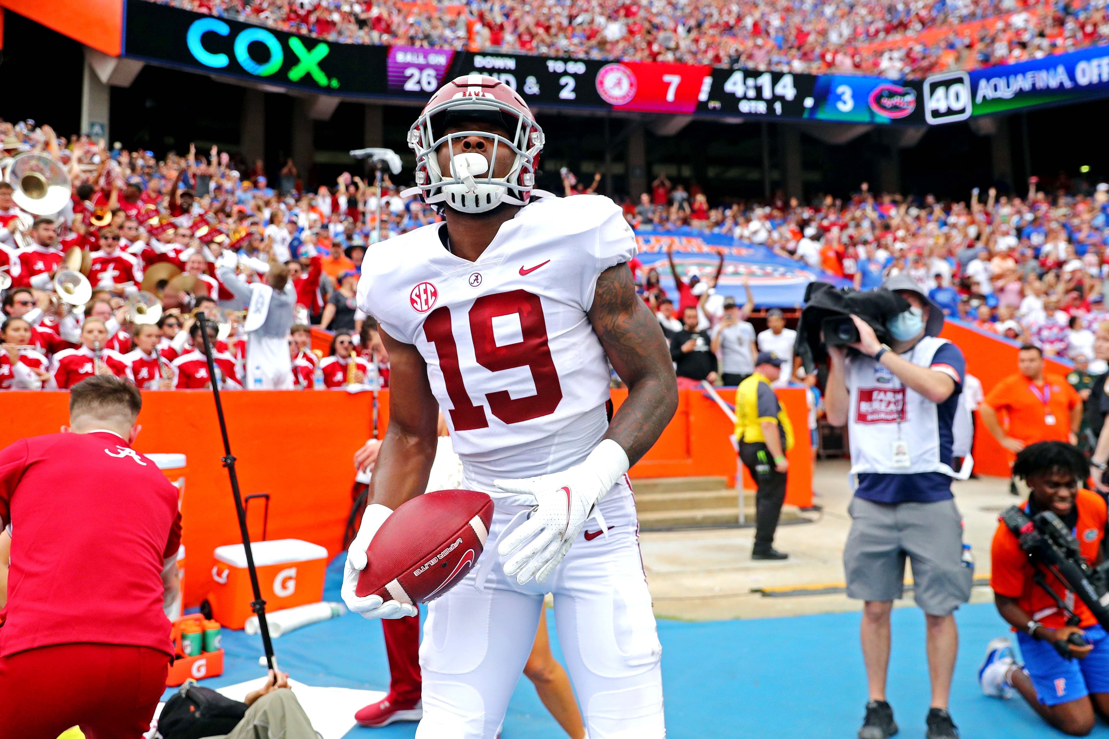 Opinion: Don t let Alabama s close call against Florida lead you to believe Crimson Tide isn t team to beat