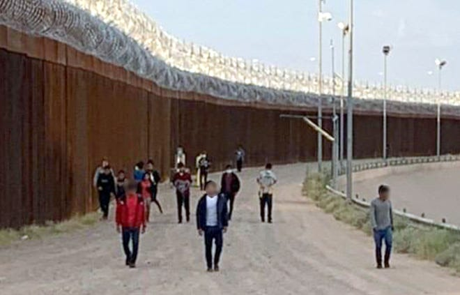 Earlier this year on August 26, BPAs from the Ysleta station discovered 20 UCs walking on the north side of the border barrier near the levee.