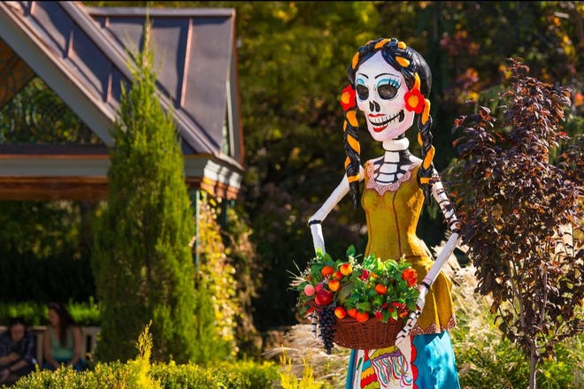 Experience the rich history and iconography of La Catrina through colorful and joyful large-scale skeleton sculptures at the Branigan Cultural Center, 501 N. Main St.