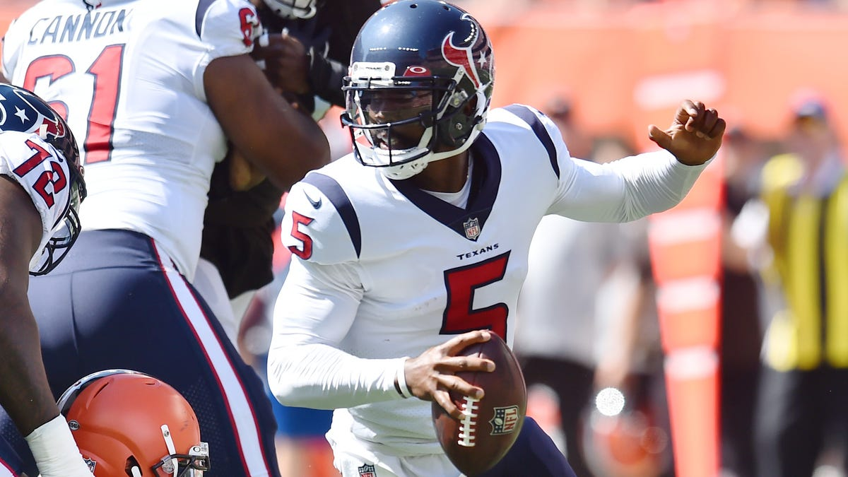 Texans QB Tyrod Taylor leaves game with hamstring injury; rookie Davis Mills takes over