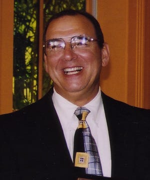 Former Mayor Jay Alperin Undated photo by Stephanie Murphy ORG XMIT: MER0609082129052948 ORG XMIT: MER0704131241462548