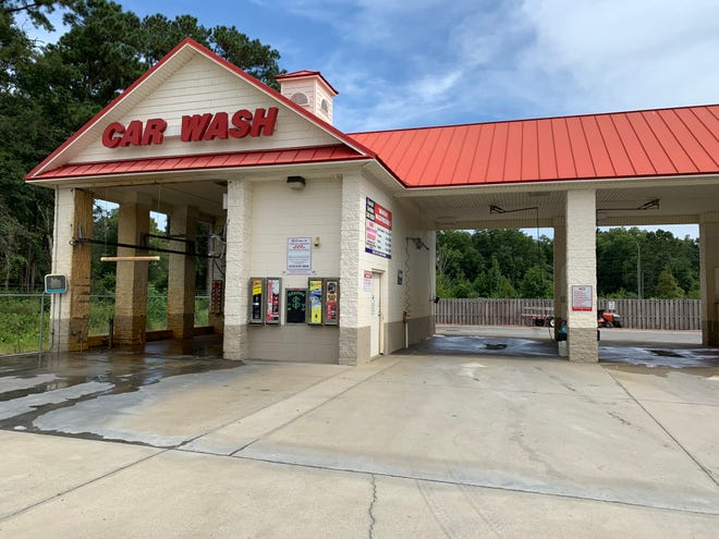 Two commercial buildings are proposed behind the Coastal Carolina Car Wash in Castle Hayne.