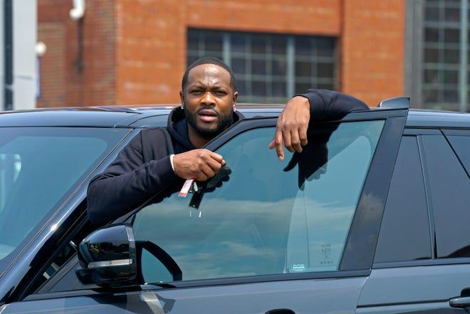 """Ser'Darius Blain plays Detroit Lions player Reggie Sadler in Fox's """"The Big Leap."""""""