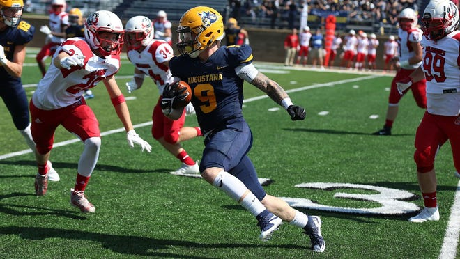 Augustana's Jarod Epperson is one of the top running backs in the NSIC