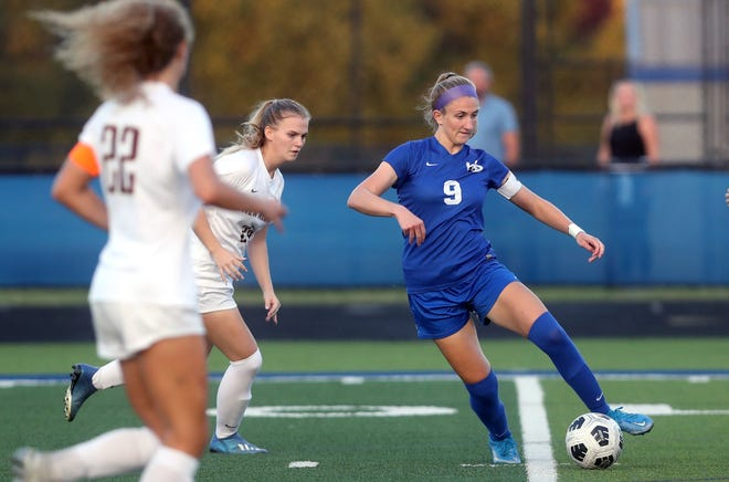 Senior Sydney Thompson had five goals and two assists through nine games, leading Davidson to a 5-3-1 start. Thompson, a Miami University commit, was first-team all-district and second-team all-state in Division I last season.