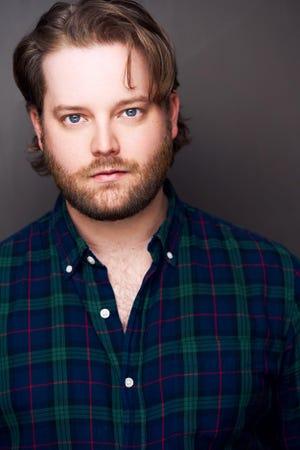"""Colin Anderson, oriundo de Oklahoma, es miembro de Lerner Love, la gira nacional de producción de casting del Lincoln Center Theatre. """"Mi Bella Dama."""""""