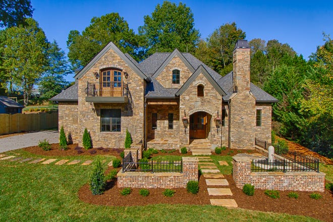 Buyers and builders alike shouldn't miss out on the Home Builders Association of Greater Knoxville 2021 Parade of Homes.