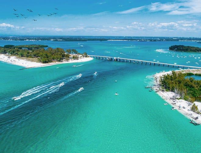 Located off the coast of Sarasota, Lido Key.