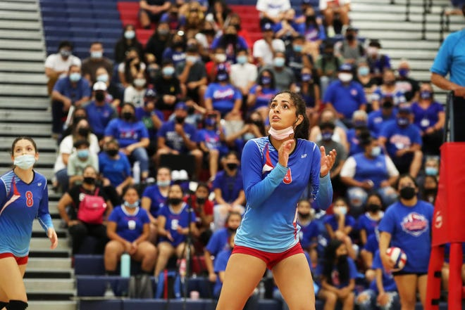 Indio's Amaya Rodriguez (9) watches the ball during the game against Coachella Valley High in Indio, Calif., on September 20, 2021.