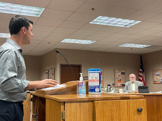 Sioux Falls urban planner Albert Schmidt gives presentation on new proposal for updating flooding ordinances on Tuesday, Sept. 21, 2021, at the Minnehaha County Commission meeting.