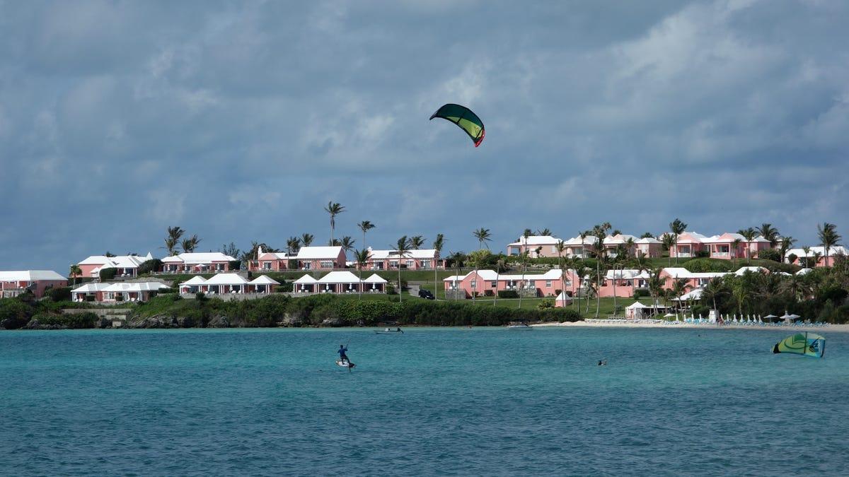 CDC, State Department raise COVID travel warning advising against travel to Bermuda, Antigua