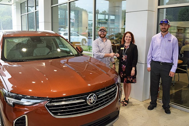 Boys & Girls Clubs of South Central Tennessee thanked Parks Motor Sales of Columbia for donating a two-year lease on a 2021 Buick Envision to the Club's auction, as part of the Great Futures Gala. Pictured, Michael Parks Lawrence (L) and Robert Rogers (R) of Parks Motors present the keys to Boys & Girls Club CEO Robyn Peery (Center). The Great Futures Gala is scheduled for Friday, Sept. 24 from 5-8:30pm. Visit www.bgcsctn.org for more information.