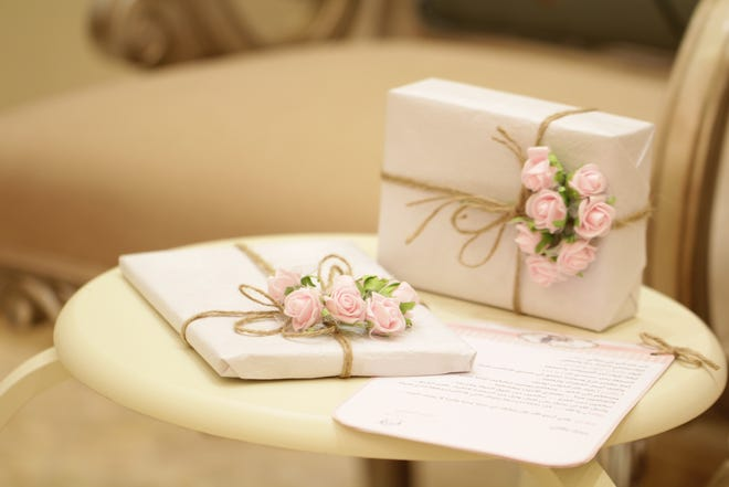 Sometimes the list of gifts received at showers and weddings get confused, making thank you notes difficult to write.