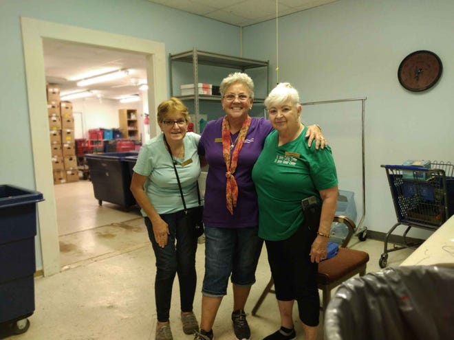 Look at the smiling faces of Brenda, Faye and Judy.