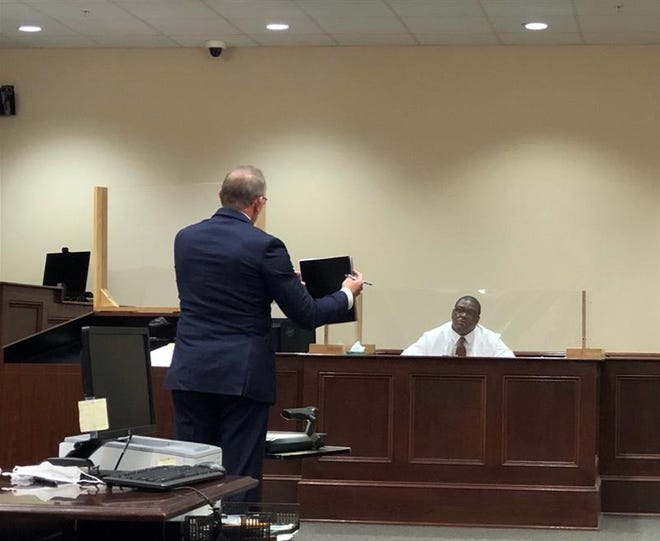 Assistant District Attorney Robert Nash cross examines Kenneth Hudspeth in Montgomery County courthouse during Crista Bramlitt slaying trial Sept. 22, 2021