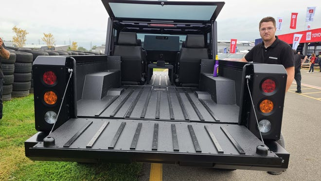 The Bolinger B2 pickup has drop gates in the front -- and rear -- so you can pass through longboards.