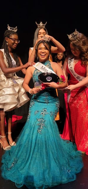LSU Shreveport student Pearl Merry was crowned Miss City of Lights 2022, now she's headed to the Miss Louisiana pageant.
