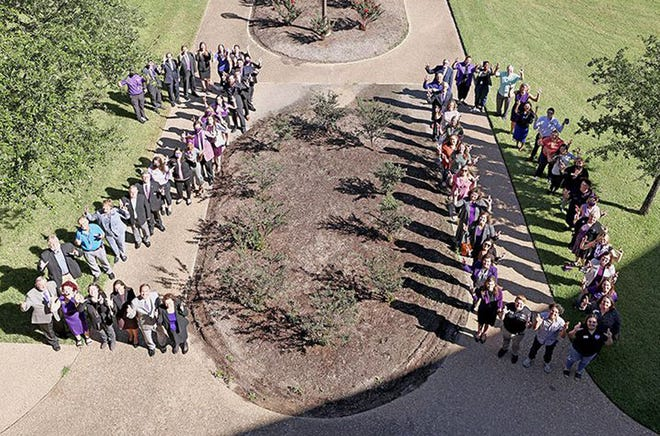 Students, faculty and staff of Tarleton State University-Waco celebrate the university's 20-year partnership as the largest member of McLennan Community College's University Center.