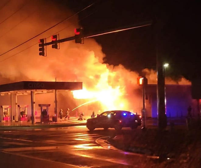 Leland fire crews responded to a fire at the Citgo gas station at 115 Village Road on Thursday morning.