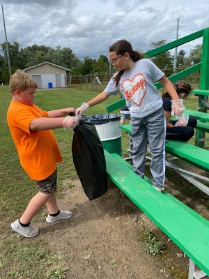 Student clean ups were a part of the 922 Day celebration.