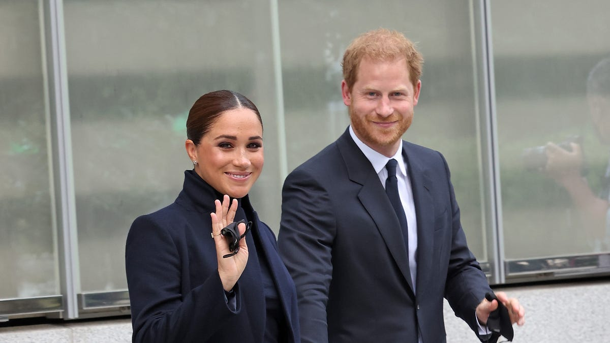 Prince Harry, Duchess Meghan visit 9/11 landmarks in NYC, will speak at Global Citizen Live