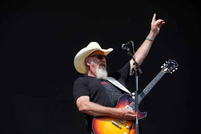 Ray Benson will perform at halftime of Saturday's Texas-Texas Tech game.