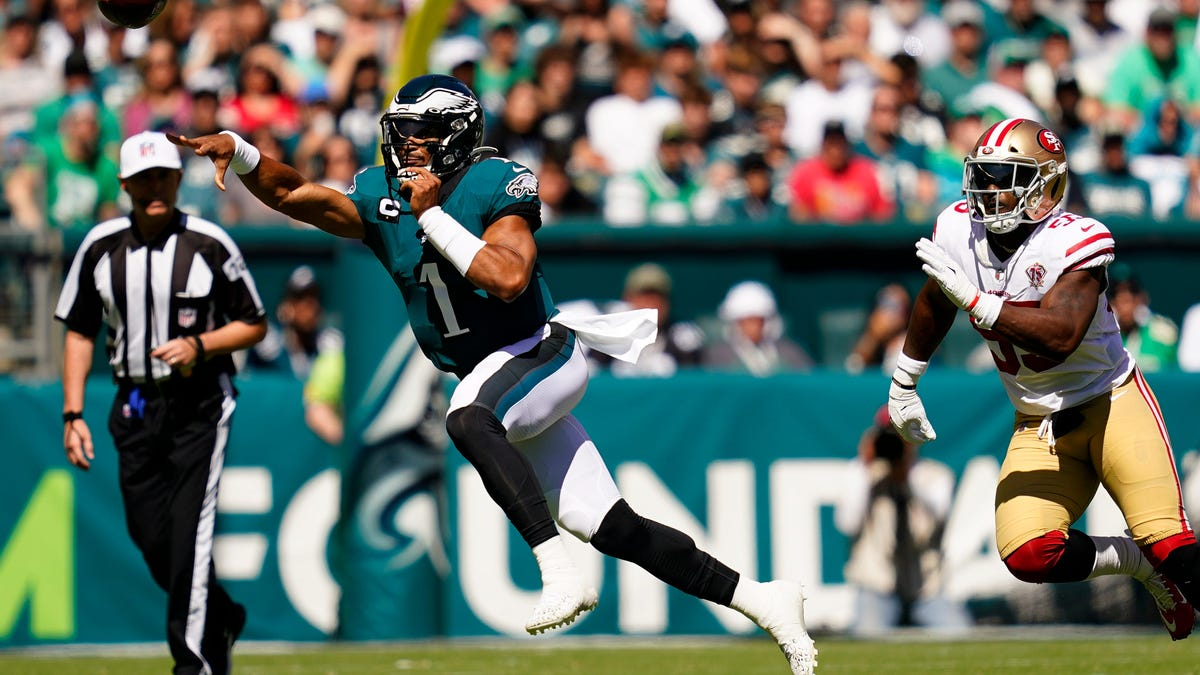 Fantasy football: Players to start and others to sit in Week 3