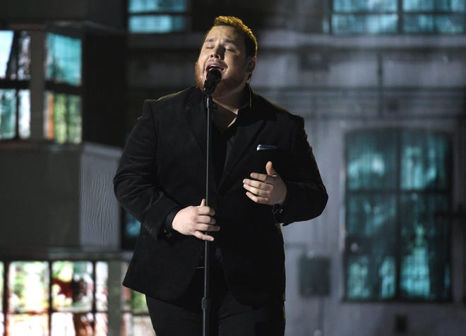 Luke Combs will perform at7 p.m. Oct. 15at the NMSU Pan American Center in Las Cruces.