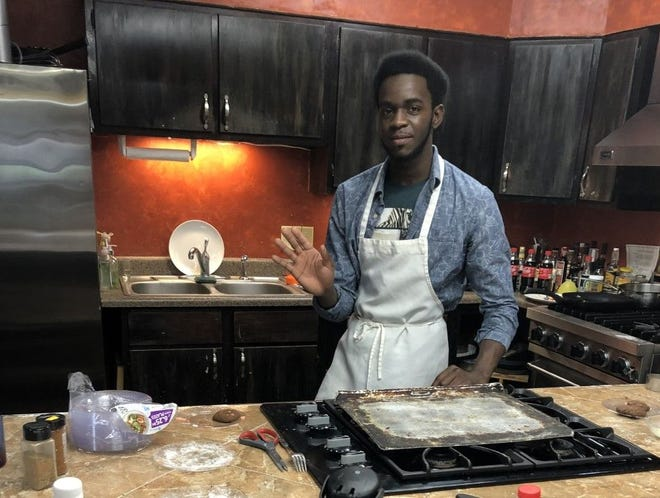 Kendall McGhee shared his recipe for chocolate chip cookies with young student chefs at Somethin's Cookin' in Panama City.