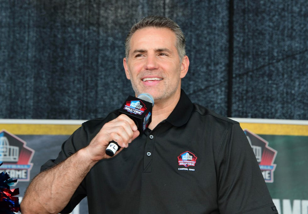 Aug 4, 2018; Canton, OH, USA; St. Louis Rams, New York Giants and Arizona Cardinals former quarterback Kurt Warner speaks on the Fan Fest stage at the Pro Football Hall of Fame. Mandatory Credit: Kirby Lee-USA TODAY Sports ORG XMIT: USATSI-384500 ORIG FILE ID:  20180804_sal_al2_3645.JPG