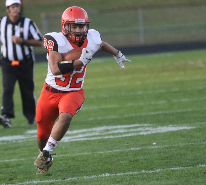 Mansfield Senior's Ricky Mills was voted the Mansfield News Journal Football Player of the Week.
