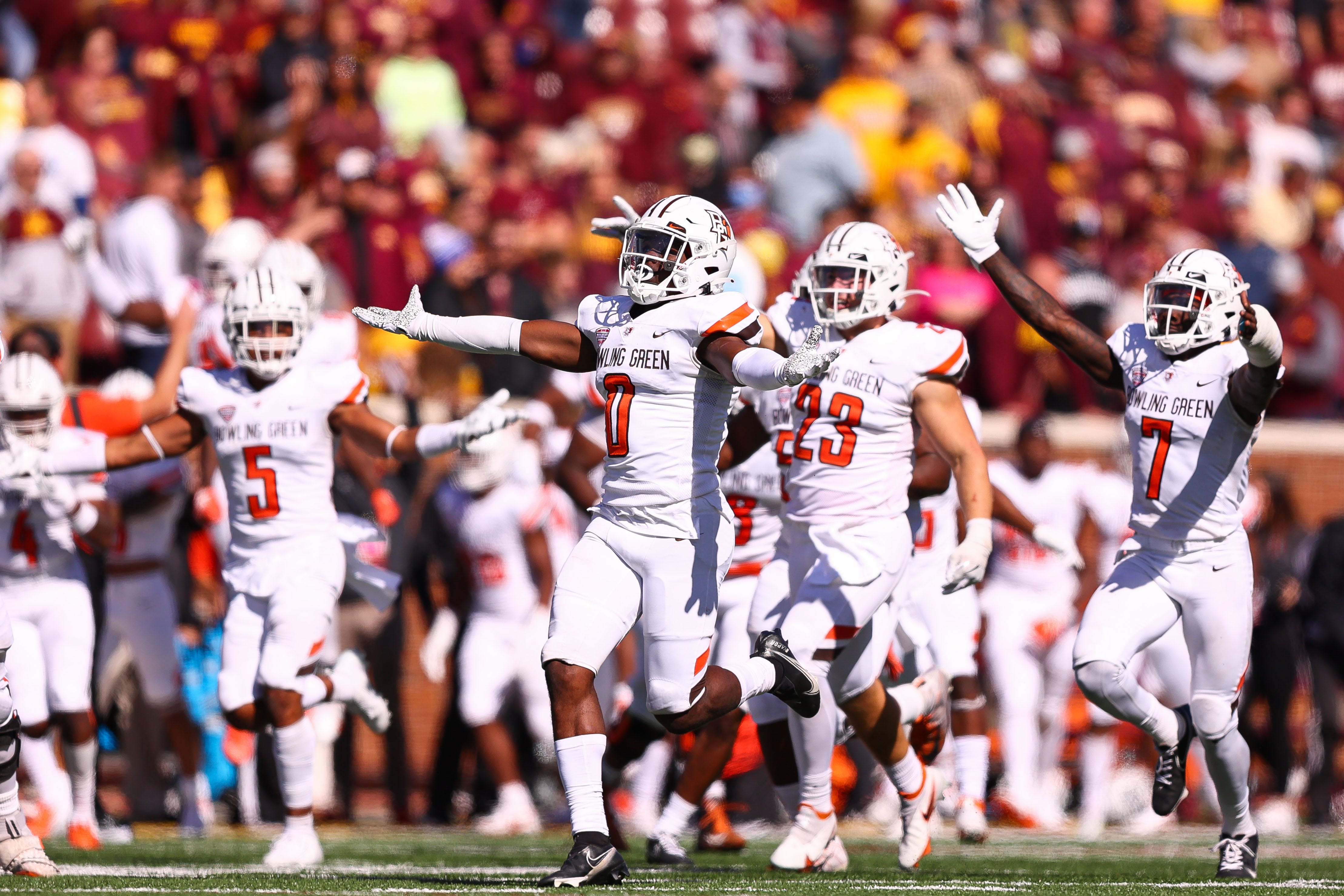 College football winners and losers from Week 4: UCLA, Texas gain ground; Minnesota embarrassed
