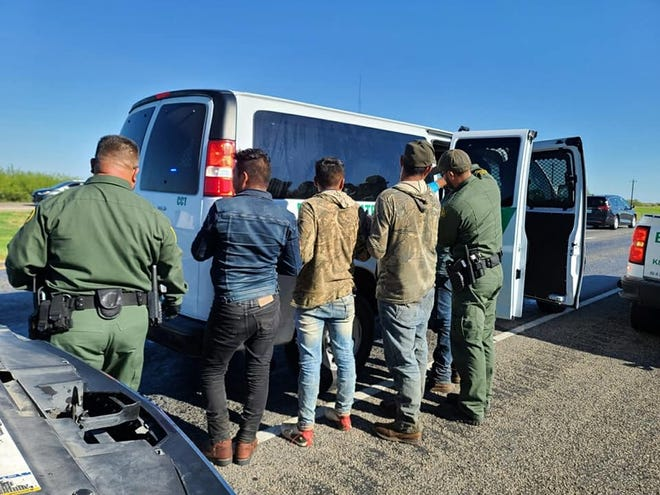 A motor vehicle stop on Highway 77 and County Road 28 discovered 13 undocumented immigrants on Sept. 25. The Texas Department of Public Safety (DPS) and Nueces County Sheriff's Office deputies assisted with detaining the subject until U S. Border Patrol agents arrived.