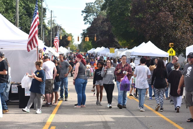 More than 200 arts, crafts, vendors and merchants booths filled Tecumseh, Franklin and Church streets during the weekend for the 47th annual Clinton Fall Festival.