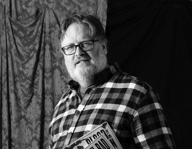Tom Carr is an independent writer and journalist in Northern Michigan who spent 25 years in daily newspapers.