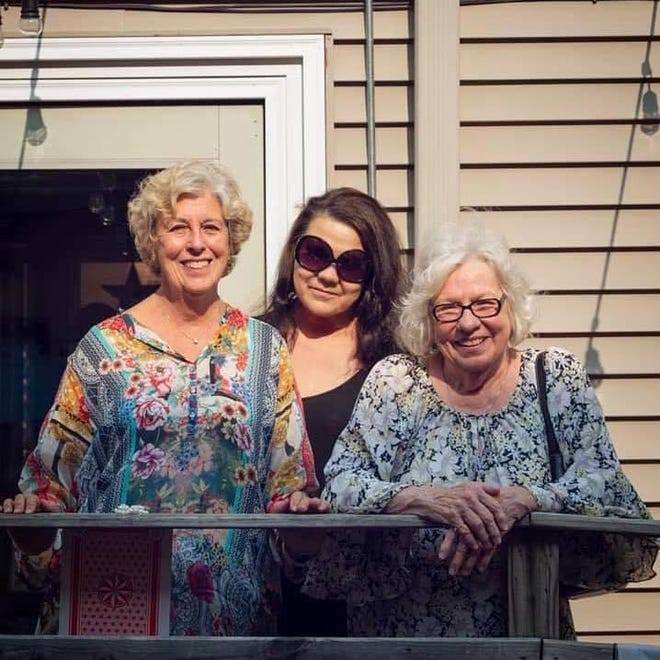 Riverwest Pizza owner Andrea Haas appears with her mother and grandmother, from whom she learned Sicilian cooking.