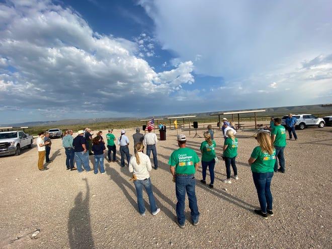 Devon Energy employees volunteer to clean up public lands.