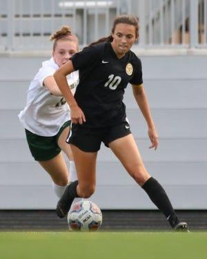 Senior forward Ceci Dapino had 12 goals and three assists through 11 games, leading Upper Arlington to a start of 9-1-1. She had eight goals last season and has boosted her scoring output to make up for Abby Reisz moving to goalie.