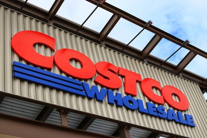 """Costco's Chief Financial Officer Richard Galanti said the company was putting temporary purchase limits on toilet paper, paper towels, the company's Kirkland Signature bottled water and high-demand cleaning products because of """"the uptick in delta-related demand."""" (Shengying Lin/Dreamstime/TNS)"""