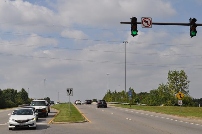 Hilliard plans to apply for a federal grant to build a pedestrian bridge across Interstate 270 on or near Cemetery Road. This photo shows the bridge over I-270 for motor vehicles on Cemetery Road, looking west from the east side of the bridge.