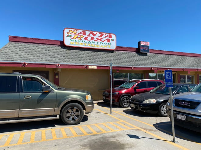 Santa Rosa Mexican Food Restaurant is located at 2722 South Staples Street.