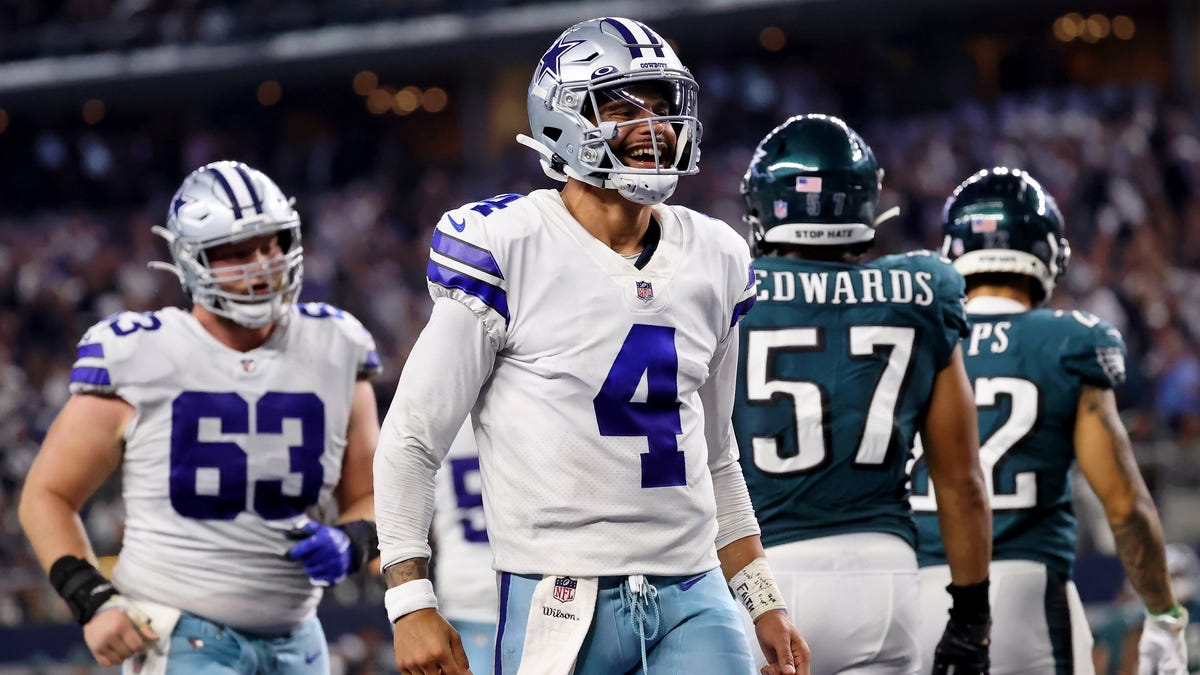 Dak Prescott, Ezekiel Elliott, Trevon Diggs lead Dallas Cowboys to defeat of Philadelphia Eagles on MNF – USA TODAY