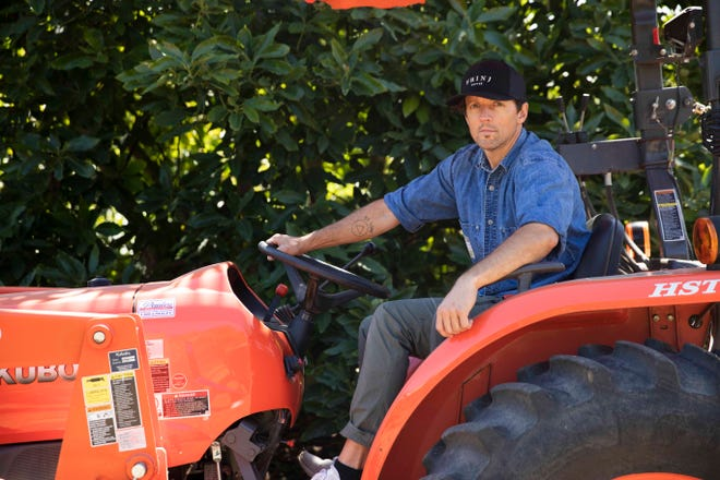 Musician Jason Mraz founded Mraz Family Farms in 2015 in Oceanside, California. Mraz grows coffee, as well as avocados and passion fruit.