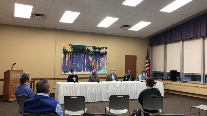 Taking part in a community health forum Sept. 23 at University of Mount Union were, from left, Dr. Beth Canfield-Simbro, Betsy Ekey, Randall Flint, Dr. Sheryl Holt and Dr. Tim Meyers.