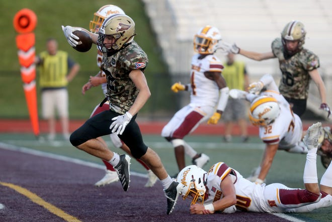 Christian Manville and New Albany play host to Gahanna on Oct. 1 in a key OCC-Ohio contest.