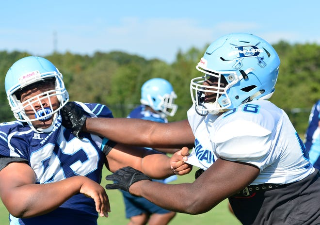 Dorman Markee Anderson (58) OL, right, on the field at practice Sept. 28, 2021.