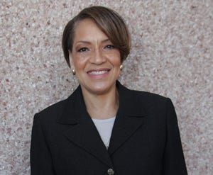 Carmen Davis is working out a contract to become the new city manager of Lake Worth Beach.