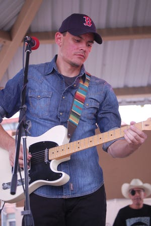 Ian Rutter performs from 11:30 a.m. to 1:30 p.m. Thursday, Sept. 30 and Friday, Oct. 1 in downtown Farmington as part of the Southwest Apple Fest.