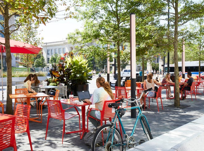 The plaza at University Square provides outdoor seating.