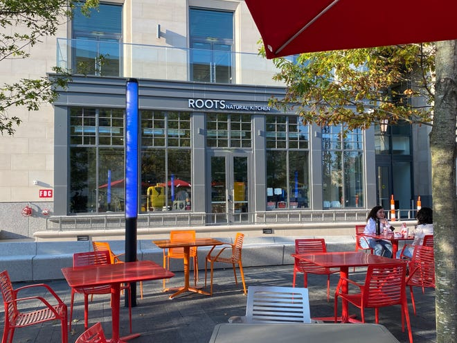 Roots Natural Kitchen will open its first Ohio restaurant in the University Square development on High Street and 15th Avenue.